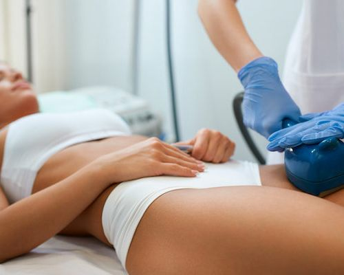 woman-getting-Laser-Fat-Removal